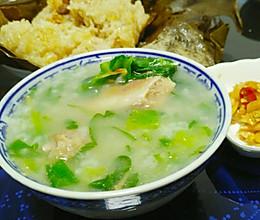 咸骨芥菜粥的做法