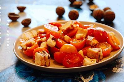 西红柿坚果沙拉