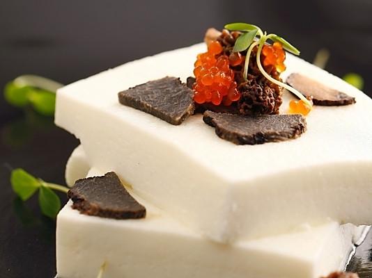 黑松露油蒸蛋白豆腐的做法