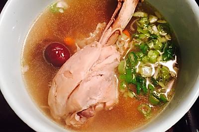 简易版蘑菇鸡腿汤(加甘草清咽润喉)