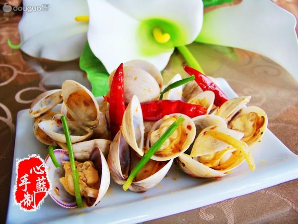 葱姜辣炒蛤蜊的做法