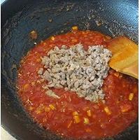 蕃茄蘑菇肉酱意大利面的做法图解4