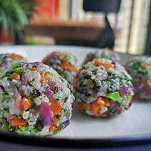 高颜值.海苔蔬菜团子