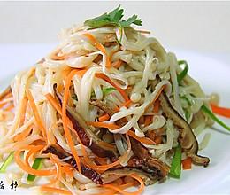 夏日炎炎解暑素心居静凉菜冰镇五彩金针菇的做法