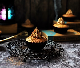 巧克力雪糕奶油蛋糕杯的做法