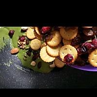 蔓越莓抹茶雪花酥的做法图解5