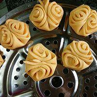 奶香南瓜花式馒头的做法图解3