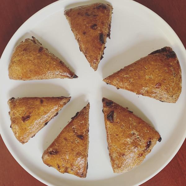 减肥也能吃的甜品❗️❗️全麦红枣司康