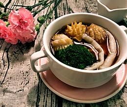 鲍鱼沙虫海鲜汤的做法