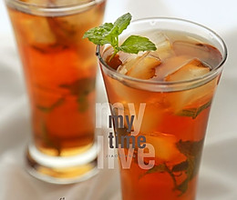 薄荷冰红茶的做法