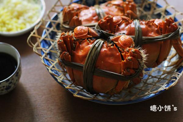 【清蒸大闸蟹】附:螃蟹挑选以及保存法的做法