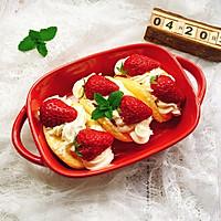 草莓抱抱卷的做法图解15
