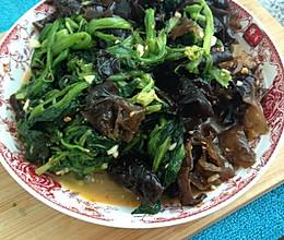 菠菜凉拌木耳的做法