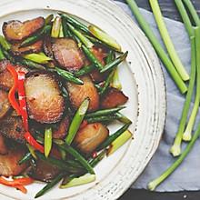 炒蒜苗的不一定是小鲜肉,也可能是老腊肉