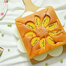 入口即化的奇异果酸奶蛋糕#豆果5周年#