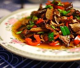 超级简单易做不油腻的豆干蒜苗炒腊肉的做法