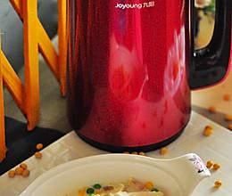 #九阳免滤二代豆浆机试用#豆浆鱼片的做法