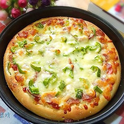 火腿培根披萨