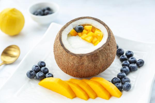 原只椰子炖双皮奶的做法