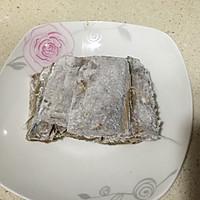 香酥带鱼(附青豆烧带鱼方法)的做法图解6