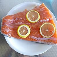 黑椒三文鱼的做法图解2