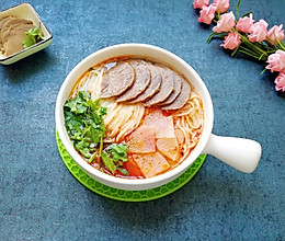 清汤牛肉面#精品菜谱挑战赛#的做法