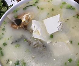 不一样的鲫鱼汤,好喝下奶的做法