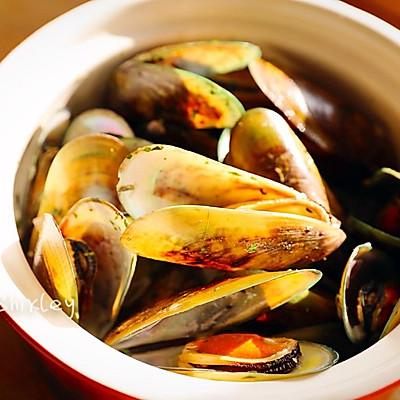 跟随顶级名厨雷蒙德,学做简单美味法式贻贝