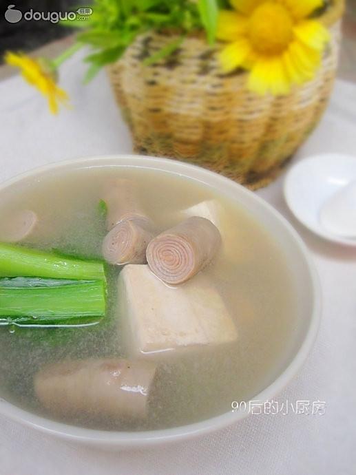 芥菜豆腐小肠汤的做法