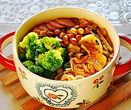#花10分钟,做一道菜!#夏至面~柳州螺蛳粉的做法