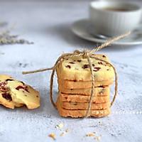 越简单越经典的蔓越莓曲奇,零失败的一款饼干,吃一口就会爱上它