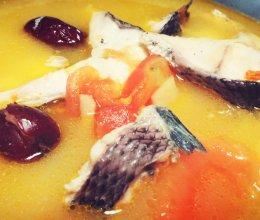 番茄枸杞红枣黑鱼汤