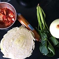 辣白菜火腿炒饭的做法图解1