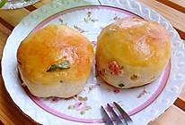 #自己做更健康#培根葱香咸松饼的做法