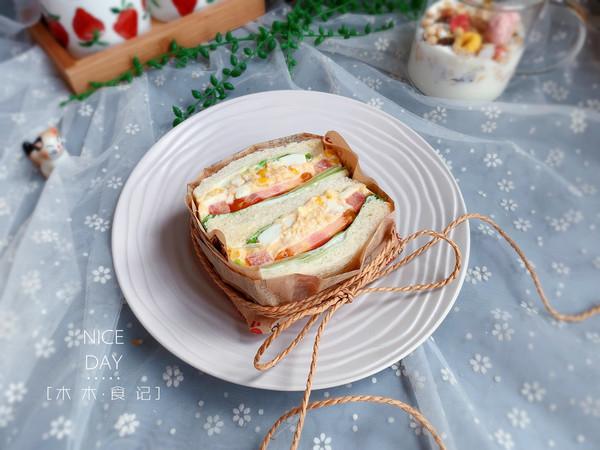 金枪鱼三明治【宝宝最爱早餐】的做法