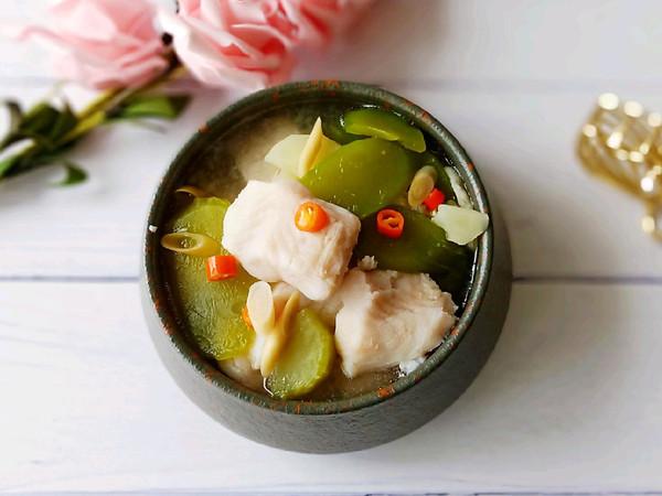香茅龙利鱼酸辣汤的做法