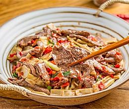 笋干炒牛肉的做法