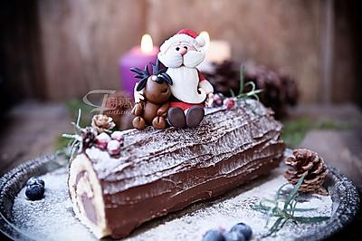超简单圣诞树根蛋糕卷-超人气菜谱