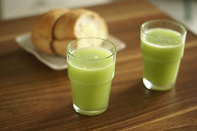 芹菜猕猴桃梨汁