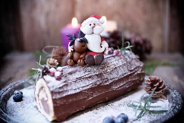 超简单圣诞树根蛋糕卷-超人气菜谱的做法