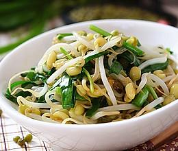 绿豆芽炒韭菜的做法