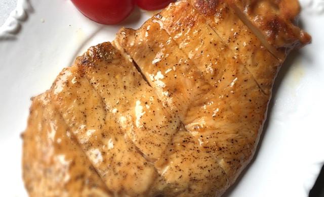 香煎滑嫩鸡胸肉-复刻健身厨男