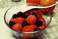 杨梅干蜜渍圣女果的做法