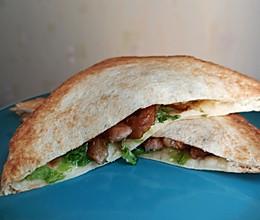 快手早餐丨不用三明治机的美味酱香猪柳三明治的做法