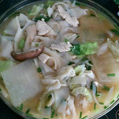 减肥美味餐-冬瓜香菇鸡胸肉虾皮面汤