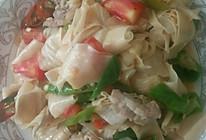 【私房菜】青椒肉片炒豆腐皮的做法