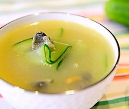 家常菜-黄瓜皮蛋汤(夏日消暑汤)的做法