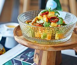 色拉食谱|美乃滋土豆沙拉,好吃但暗藏了杀机#硬核菜谱制作人#的做法