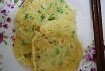 鸡蛋香葱饼的做法