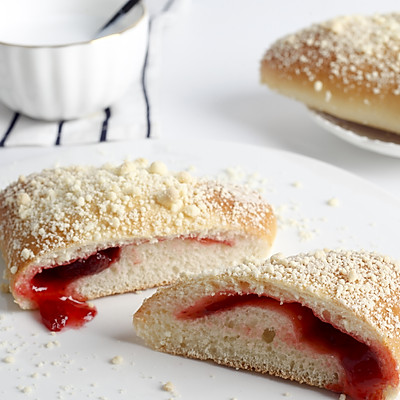 简单快手回购率超高的甜心草莓果酱面包